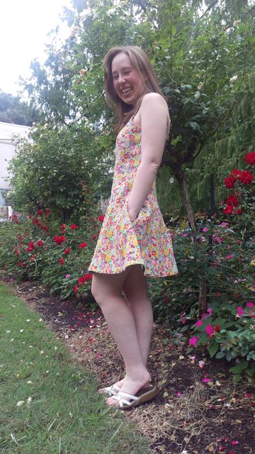 2015-09-10_05_Garden-Party-Dress