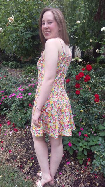 2015-09-10_09_Garden-Party-Dress