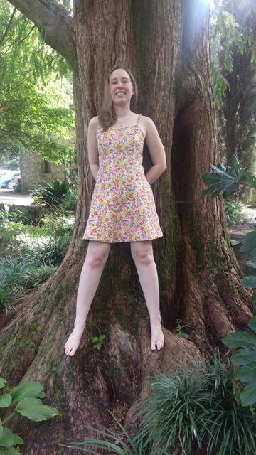 2015-09-10_14_Garden-Party-Dress